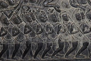 Scene from Kurukshetra War, Angkor Wat (By Hans Stieglitz [CC-BY-SA-3.0] via Wikimedia Commons)